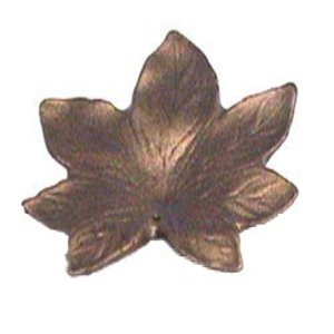 Anne at Home - Leaf & Flower Collection Maple Leaf Knob - Large