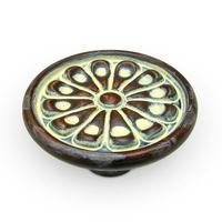 "Richelieu Hardware - Country Style Expression IX - 1 5/8"" Diameter Flower Knob in Butterscotch"